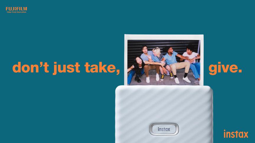 Ta Smartphone Image Printing till nya bredder: Fujifilm introducerar instax Link WIDE Smartphone Printer