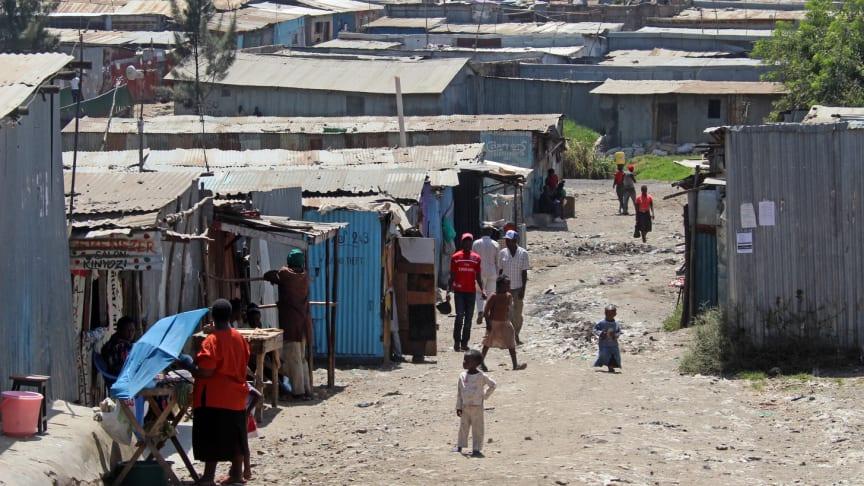 In den Armenvierteln Afrikas drohen laut den SOS-Kinderdörfern die Maßnahmen gegen das Coronavirus zur tödlichen Falle zu werden. Foto: Katharina Ebel