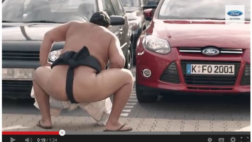 TO SUMOBRYDERE I FORD FOCUS