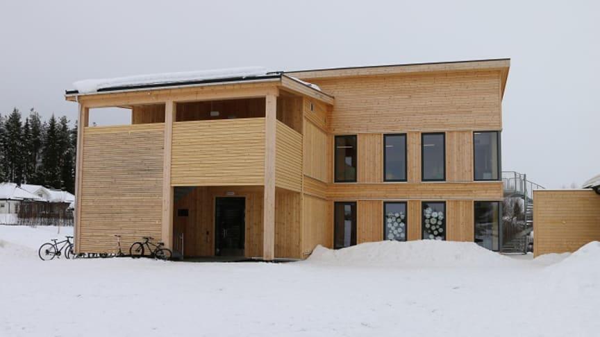 Hanstad Barne- og ungdomsskole er et norsk forbildeprosjekt Foto: Hanne Kure Bjugstad/Elverum kommune.
