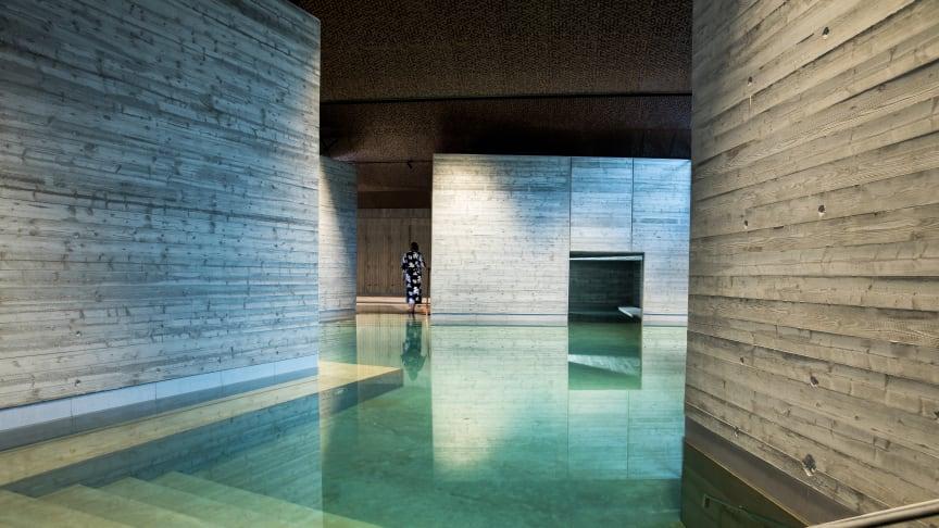 Vy över nya japanska badet på Yasuragi.