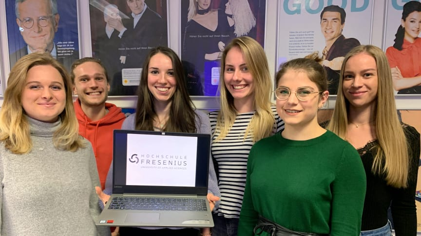 Die studentische Forschungsgruppe: Karin Michl, Jasmin Schwab, Hanna Kögler, Katharina Kirsch, Alica Kreinecker und Daniel Schwarzer.