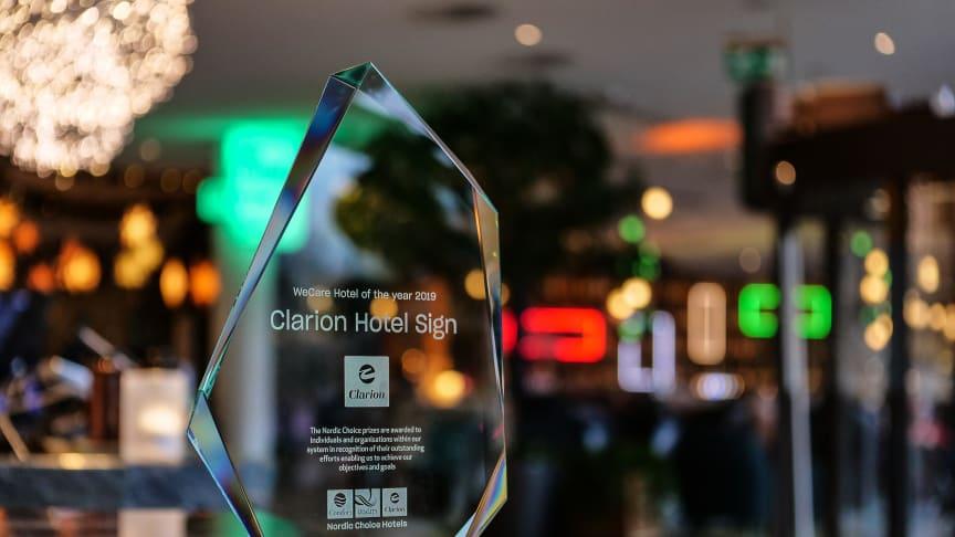 """Clarion Hotel Sign är vinnare av Nordic Choice Hotels hållbarhetspris """"We Care hotel of the year 2019""""."""