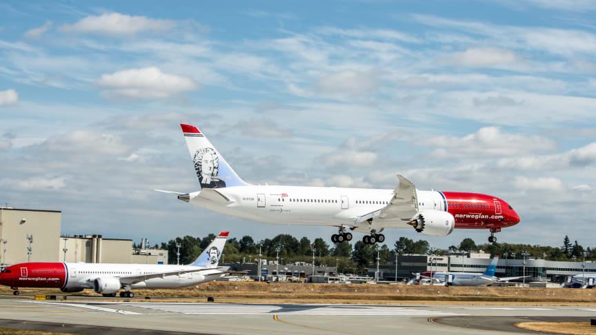 Tre Norwegian 787 Dreamliner på Boeingfabriken i Seattle