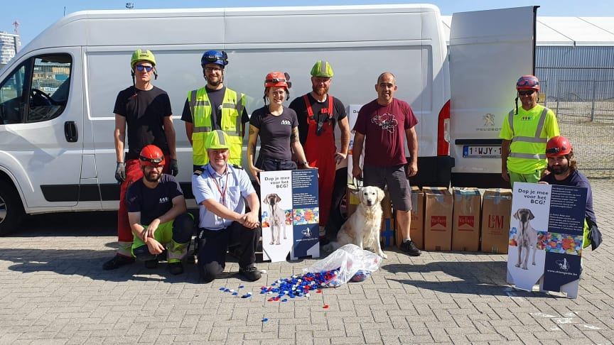 Nearly 90 kg of caps from the 'Esvagt Mercator' are contributing to three guide dogs being trained.