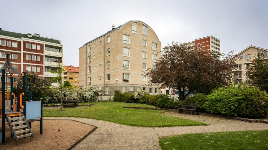MKB har byggt två nya hus i samma kvarter som de populära Boogievagnarna i centrala Malmö. Foto: Gugge Zelander.