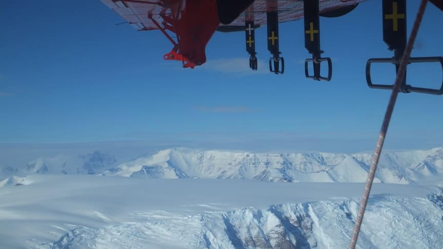 Radar surveys across the Transantarctic Mountains