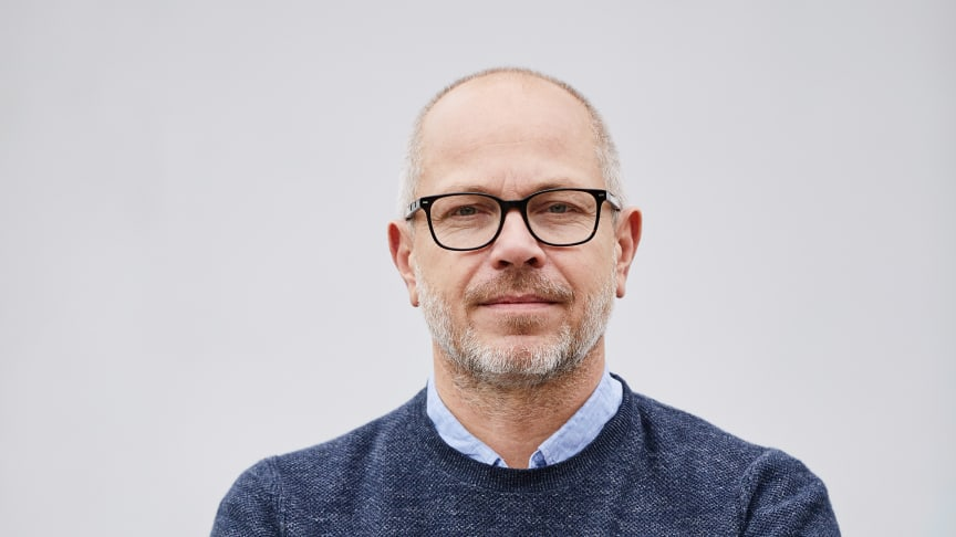 Början på året startade väl försäljningsmässigt för Hövding, men avstannade abrupt i mars när covid-19 bidrog till att stänga ner flera av Hövdings huvudmarknader, enligt Hövdings VD Fredrik Carling.