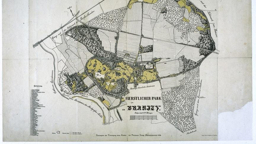 175 Jahre alt wird dieses Jahr der Park Branitz, in dem auch sein Erbauer begraben liegt. Foto: Stiftung Fürst-Pückler-Museum Park und Schloss Branitz.