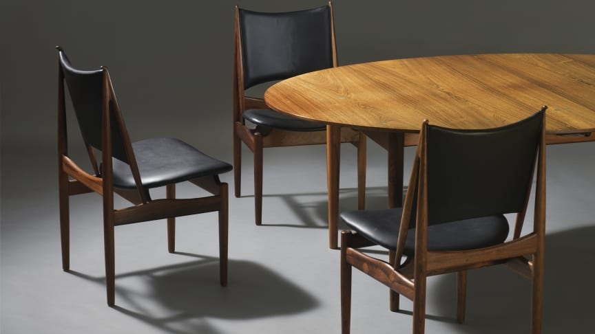 "Finn Juhl's ""Judas Table"" and a rare set of 12 examples of ""The Egyptian Chair"" goes under the hammer at the Live Auction on Thursday 7 March."