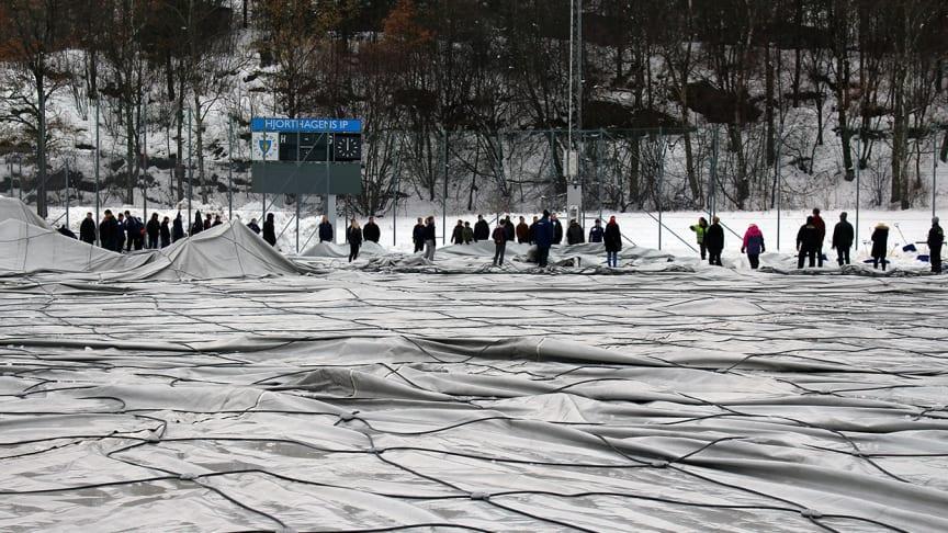 Tältet vid Grimsta IP kollapsade av snön
