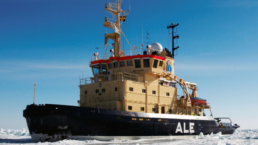 Isbrytaren Ale är minst av de fem statsisbrytarna och har inlett årets isbrytarsäsong. Foto: Sjöfartsverket