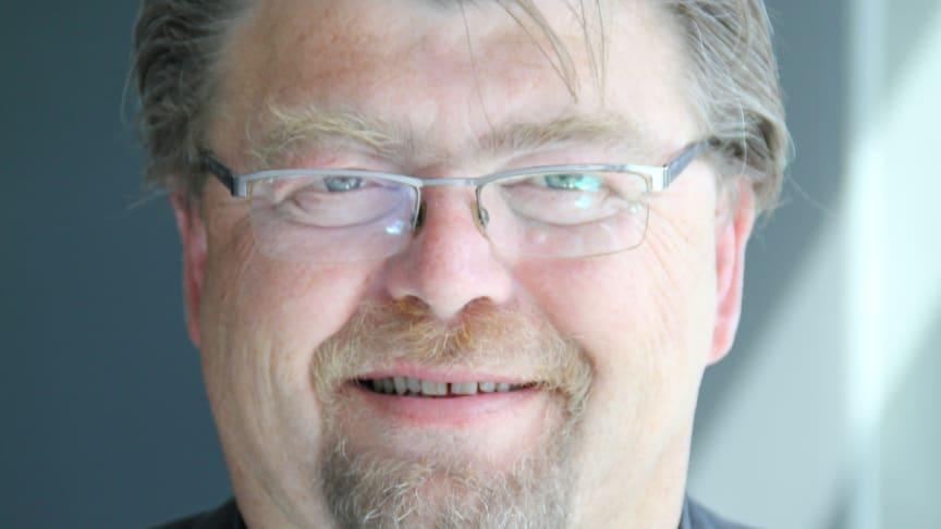Uber og Haxi må nå straks avslutte sin piratvirksomhet, sier Øystein Trevland, leder i Norges Taxiforbund.