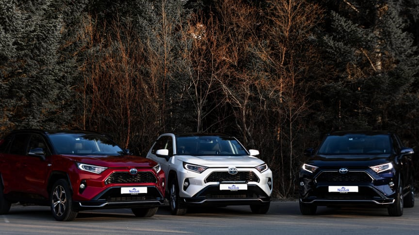 På topp: Toyota RAV4 er Sortlands mest solgte bil. Foto: Nordvik AS. Høyoppløselig bilde i bunnen av artikkelen.