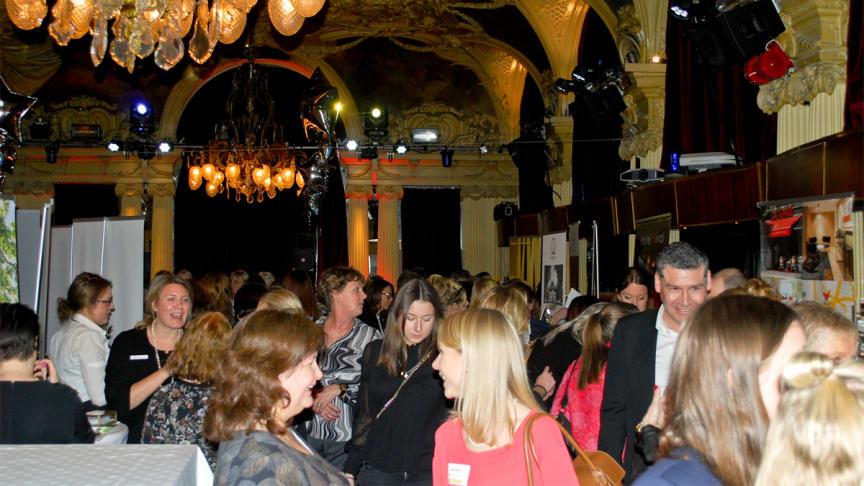 Lyxtorsdag på Café Opera i Stockholm den 19 januari 2017 blev en glammig succé med prisade anläggningar