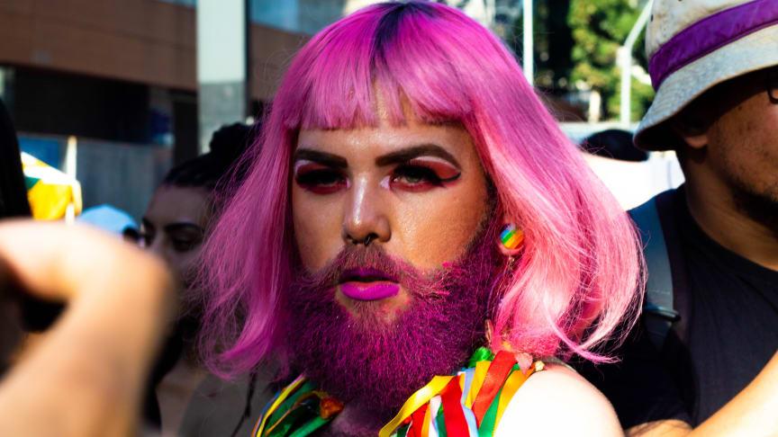 #takeprideinyourbeard. Foto av Matteus Bernardes från Pexels.