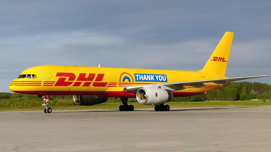 Thank You-flygplanet på DHL Express terminal i Örebro