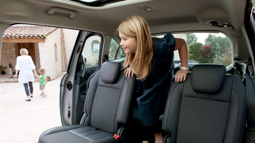 Vastuullinen Ford huomioi luonnon, perheiden ja ympäröivien yhteisöjen tarpeet - Ford mukana Terveys 2011 -messuilla 21.-23.10.2011