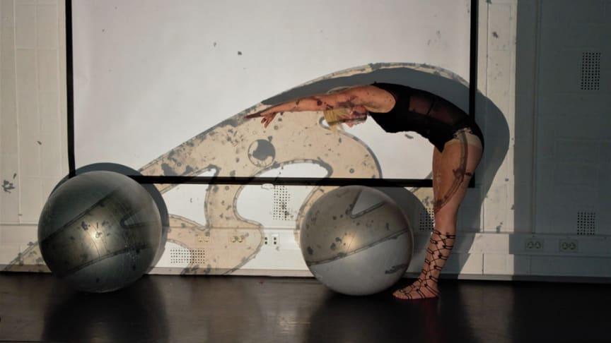 Keeping shape, Anita Wernström