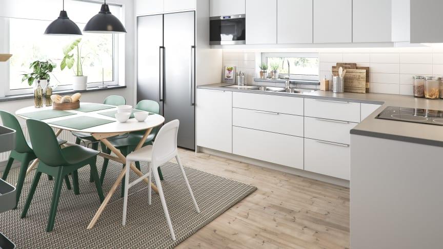 Illustration av interiör kök, småhus från BoKlok. OBS! Bilden är en illustration och avvikelser kan förekomma i slutgiltig byggnation.