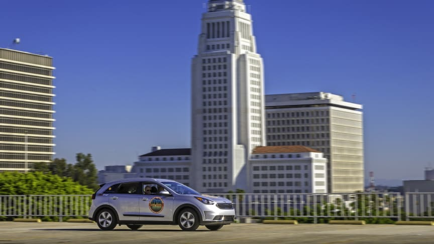 KIA Niro bliver noteret for det laveste brændstofforbrug for en hybrid i Guinness World of Records