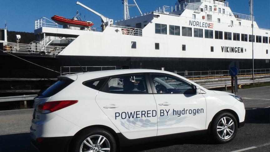 En av ni stk Hyundai hydrogenelektriske biler som kjørte fra Bergen til Belzano