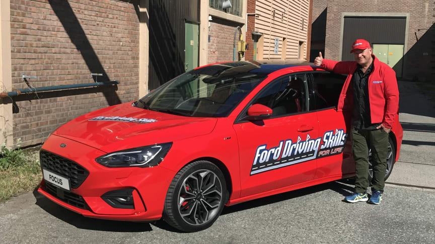 Forsterker laget:  Jan Erik Larssen skal sammen med Autoriserte Trafikkskolers Landsforbund jobbe for at fjorårets suksess, Ford Driving Skills For Life, i år skal få med enda flere deltagere.