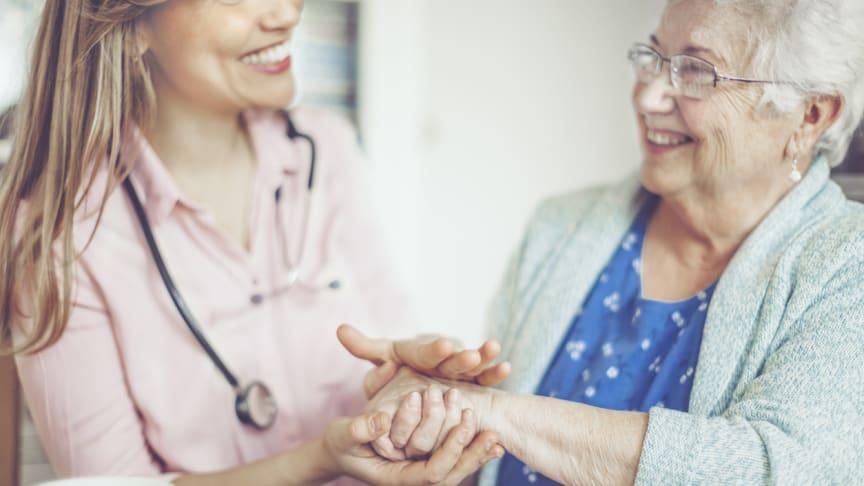 Alle Pflegekräfte, die ihre Rechnungen am 12. und 13. Mai 2019 bei RECHNUNG.de hochladen, erhalten automatisch einen 10€-Gutschein von Amazon.
