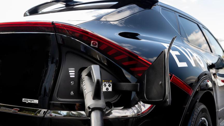 Med Kia Charge tilbyder Kia sine elbil- og plug-in hybrid kunder en omfattende offentlig ladetjeneste i hele Europa med eRoaming