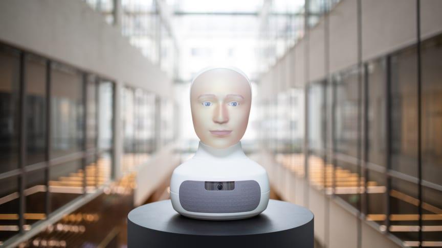 Den sociala roboten Furhat från svenska Furhat Robotics är en av många smarta uppfinningar som besökaren kommer att möta i storsatsningen Robot! på Arbetets museum. Foto: Furhat Robotics.