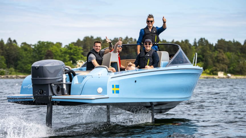 The hydrofoiling Candela Seven is the most efficient speedboat ever built. Cruising at 25 knots, the range is 50 nautical miles.
