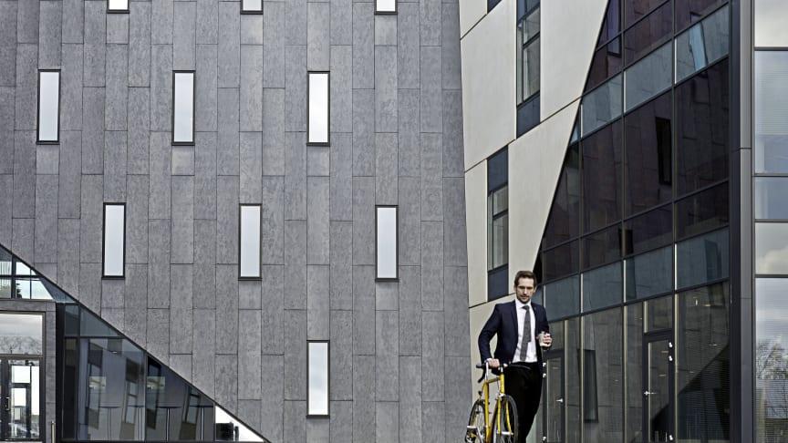Visionshuset i Aalborg, Danmark med fasad i fibercement. Foto: Cembrit