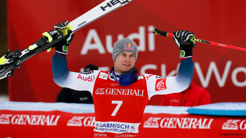 Alexis Pinturault wins with newly built skis