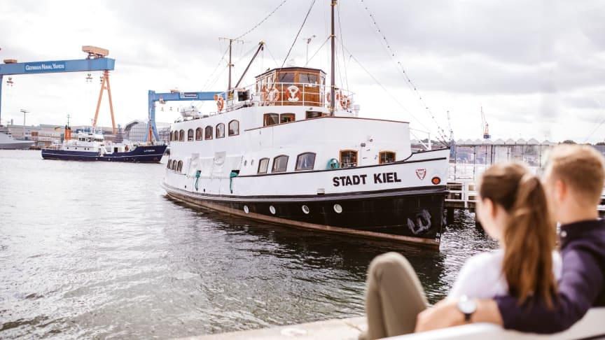 Urlaub in Kiel steht für Stadt - Strand - Meer. Entspannung, Shopping und stets das maritime Flair mitten in der Stadt