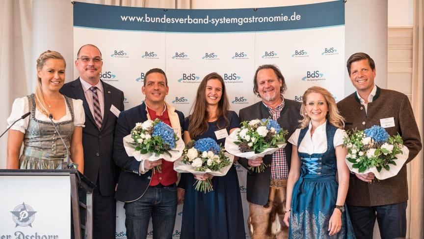 (v.l.n.r.): Sandra Mühlhause, Alexander van Bömmel, Christian Harupa, Laure Berment, Andrew Fordyce, Andrea Belegante, Dr. Roland Schmidt
