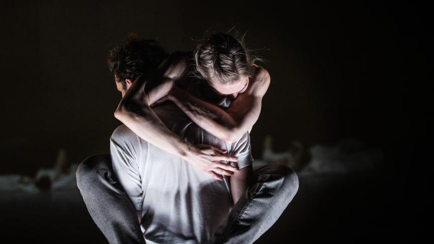 Snapshots of a Crowd, koreografi av Lidia Wos, skulle ha spelats som Lunchdans på Skånes Dansteater dec 2020. Föreställningen filmades istället och släpps nu på Vimeo.