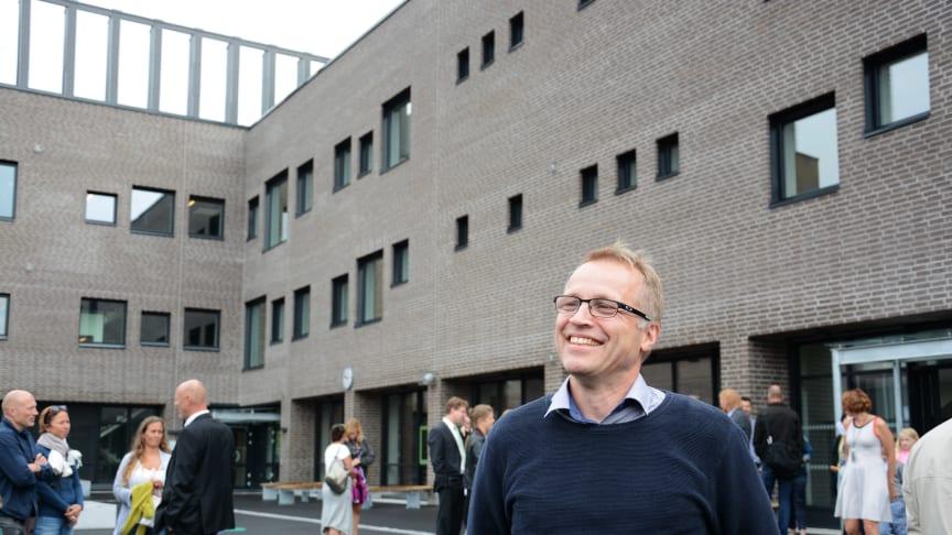 Prosjektleder Roar Pedersen i Undervisningsbygg er stolt over et prosjekt som har gått på skinner.