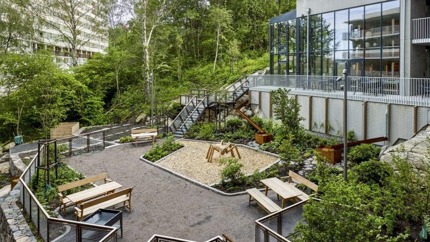 Hjorthagen möbelgrupp, design Peter Brandt. Brf Viva Göteborg. Foto Ulf Celander
