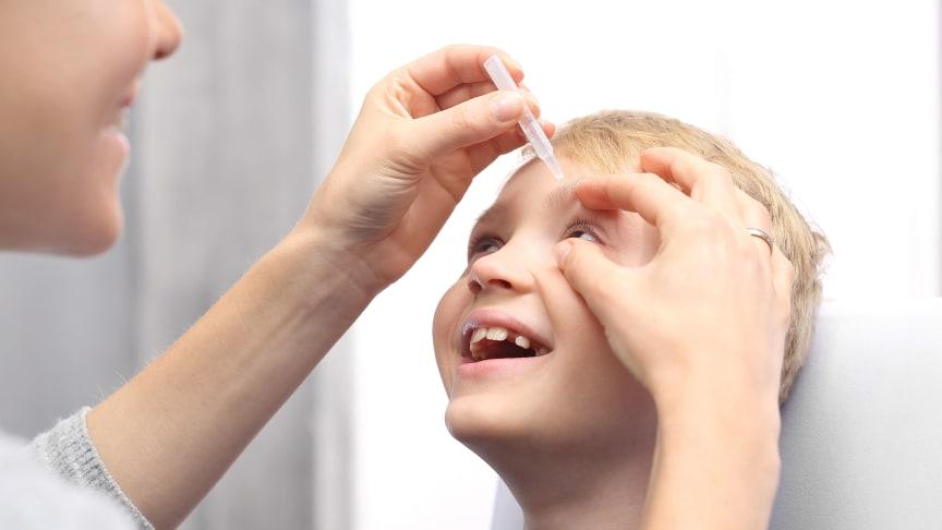 Atropin - Augentropfen gegen Kurzsichtigkeit