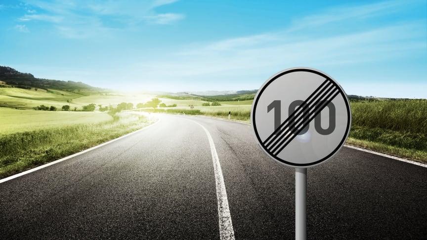Deutsche Glasfaser beschleunigt die Downloadgeschwindigkeit ihrer Glasfasertarife – 200 statt 100, 400 statt 200 und 600 statt 500 Mbit/s – ohne zusätzliche Kosten. (DG)