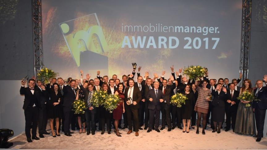 Die glücklichen Gewinner des immobilienmanager Award 2017. Foto: Steffen Hauser
