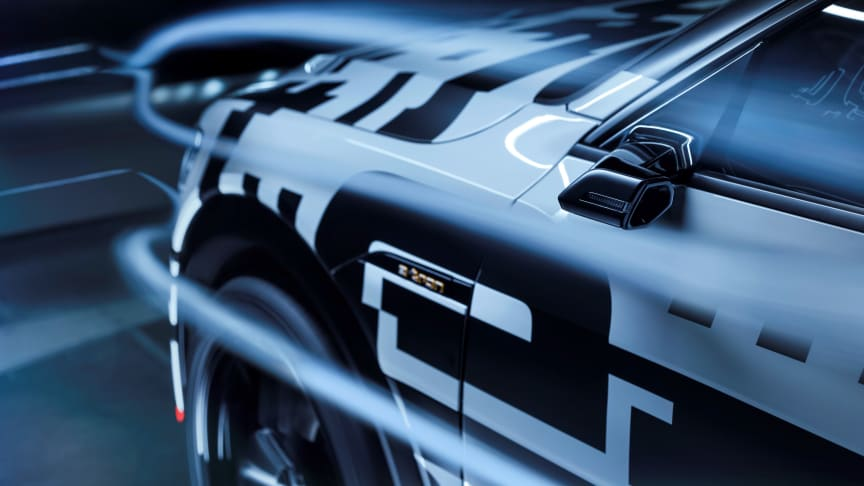 Audi e-tron aerodynamic (fra siden close up)