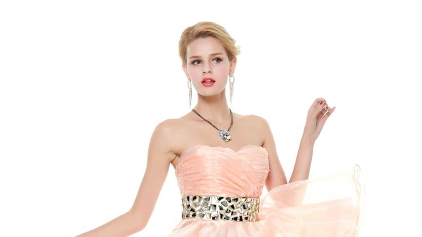 Tips för att köpa en balklänning på svenska hemsidor
