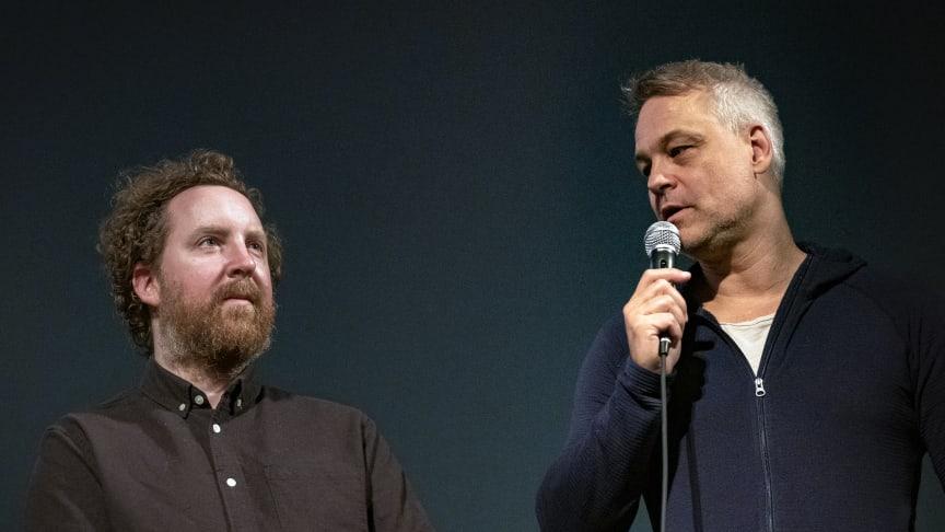"""Uje Brandelius och Henrik Schyffert från visning av öppningsfilmen """"Spring Uje spring"""" under Filmfest Sundsvall 2020."""