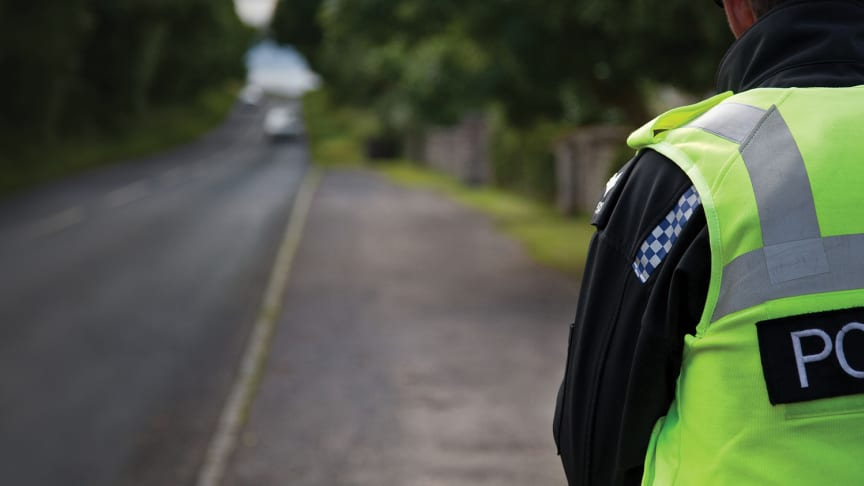 Majority of drivers caught using a mobile phone illegally given educational courses