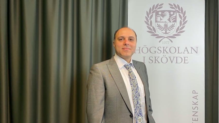 Iman Morshedzadeh, doktorand  på Högskolan i Skövde, har forskat om hur det går att återanvända virtuella modeller och hur informationen kan tas tillvara i ett PLM-system.