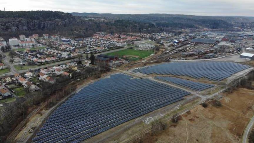 Göteborgs nya solcelsspark ligger i Utby och togs i drift i januari. Nu är det dags att ge den ett namn!
