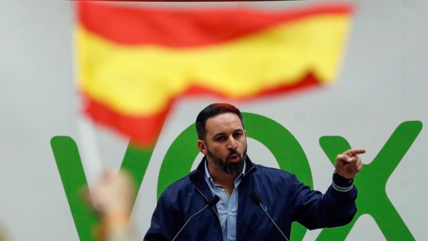 Vox president Santiago Abascal gives a speech on the campaign trail (EPA/Javier Etxezarreta)