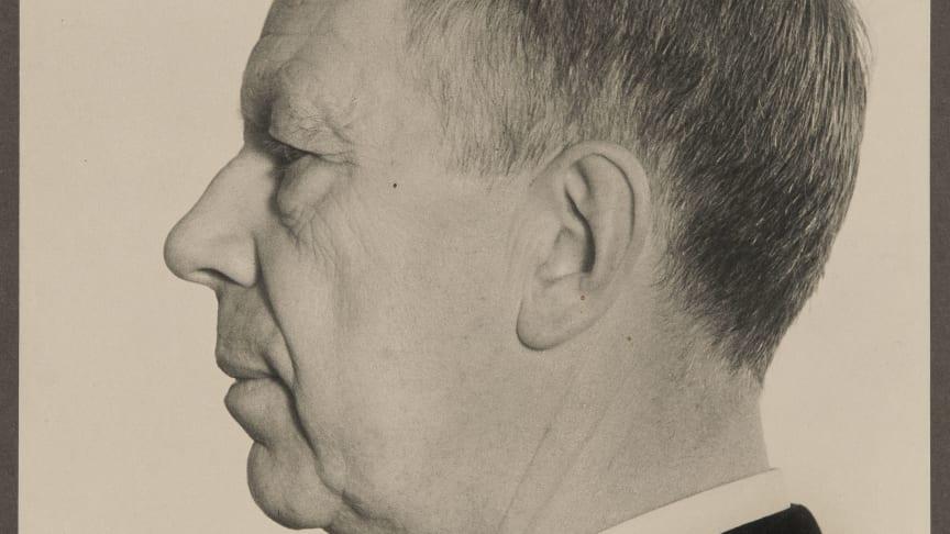 New acquisition: Photographic portrait of Gustaf VI Adolf by C.G. Rosenberg
