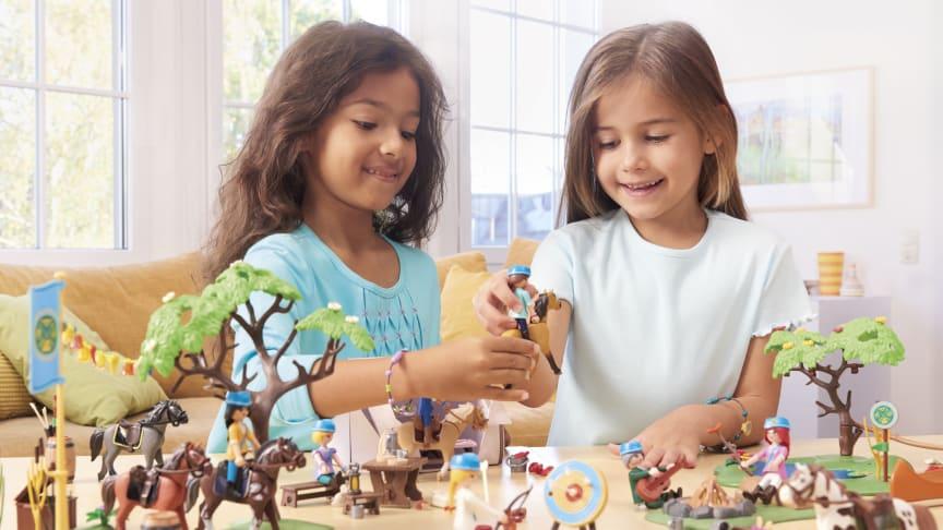 """Auf ins Sommercamp!  Neue PLAYMOBIL-Spielsets zu DreamWorks """"Spirit – Riding Free"""""""